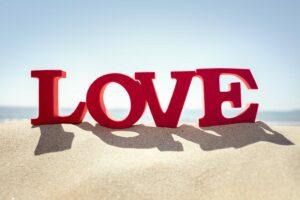 Behaviour on Love Island leads to gaslighting warning